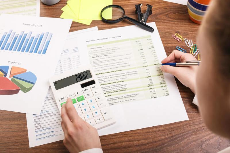 Modelo recurso contencioso administrativo hombre calculando